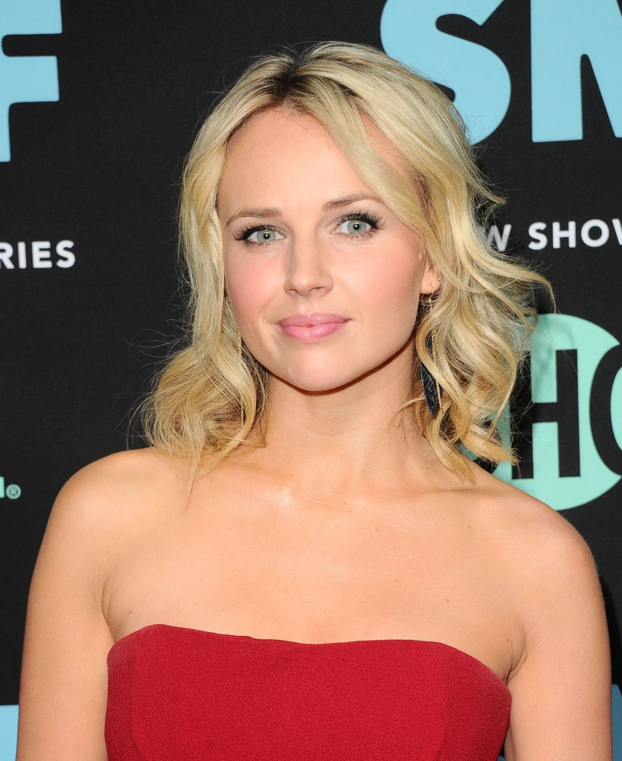 Kimberley Crossman the middle