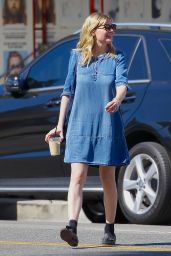 Kirsten Dunst - Out in Studio City 10/06/2017
