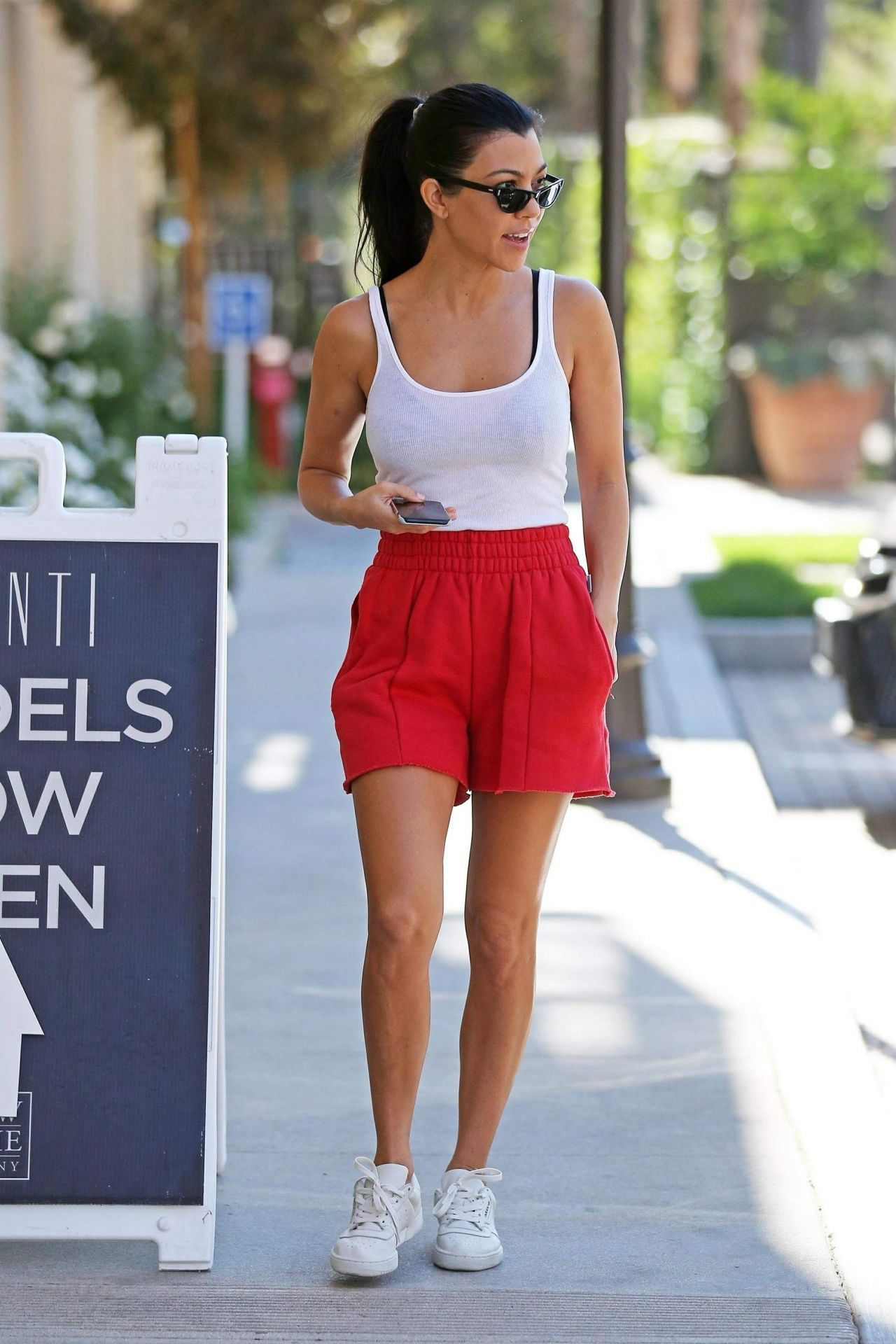 Kourtney Kardashian Street Style - Los Angeles 10/28/2017