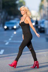 Lana - Leaving Honey Bum in Beverly Hills 10/22/2017