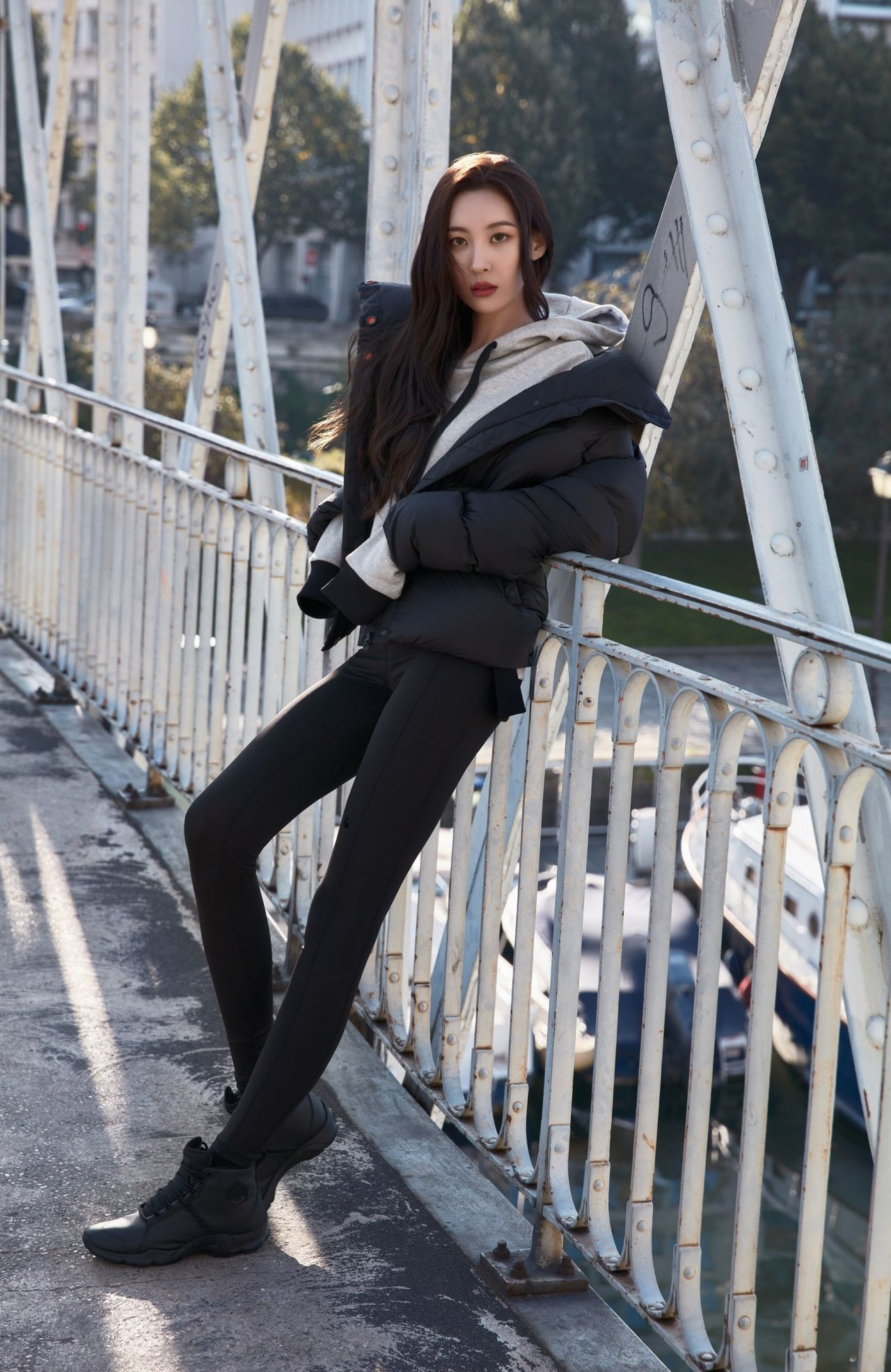 picture Lee sunmi photoshoot for head sports fall winter 2019