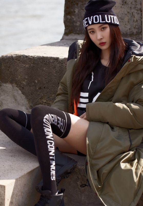 Lee Sunmi - Photoshoot for HEAD SPORTS Fall / Winter 2017