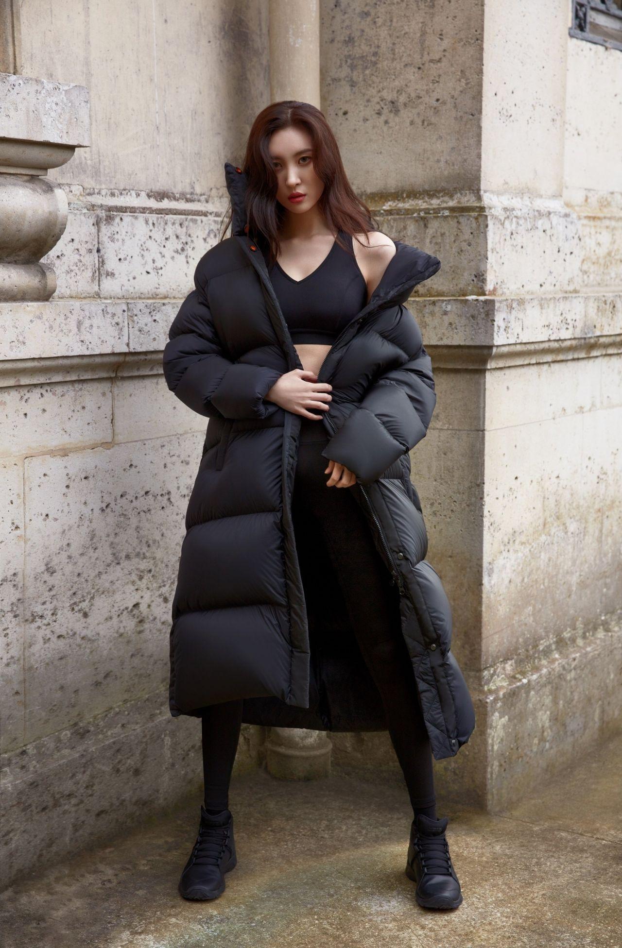 Lee sunmi photoshoot for head sports fall winter 2019