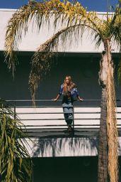 Lexee Smith Pics and Videos - Social Media 10/16/2017