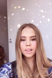 Lexee Smith Pics and Videos - Social Media 10/16/2017