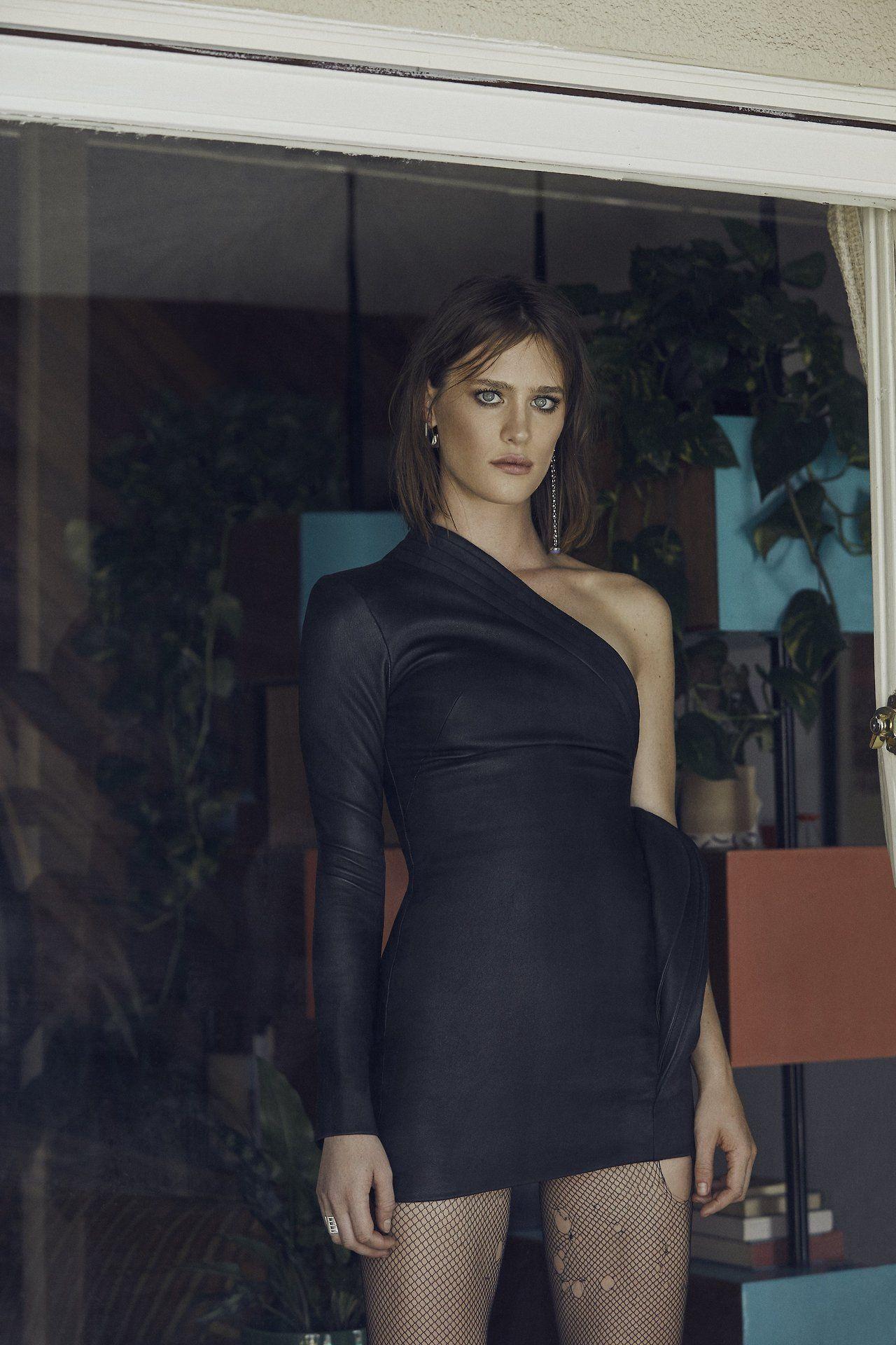 Mackenzie Davis - Malibu Magazine September/October 2017 Photos