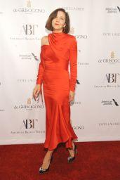 Maggie Gyllenhaal – American Ballet Theatre Fall Gala in New York