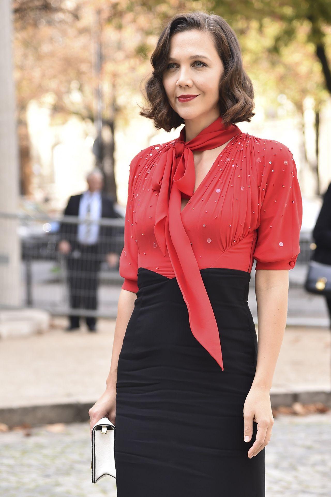 Maggie Gyllenhaal – Miu Miu Fashion Show in Paris 10/03/2017
