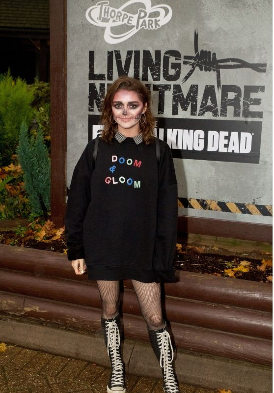 "Maisie Williams - ""The Walking Dead: Living Nightmare"" Attraction in Chertsey 10/26/2017"