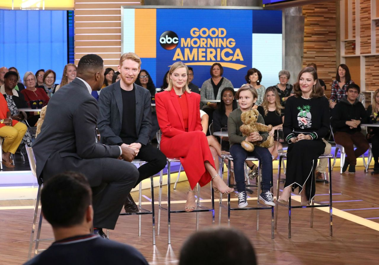Margot Robbie - Appeared on ABC's Good Morning America 10 ...