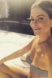 Maria Menounos – Social Media Photos and Video