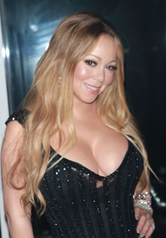 Mariah Carey – V Magazine Dinner in New York 10/23/2017