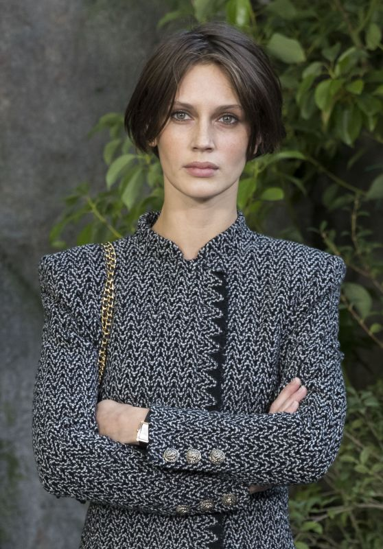 Marine Vacth – Chanel Fashion Show, PFW in Paris 10/03/2017