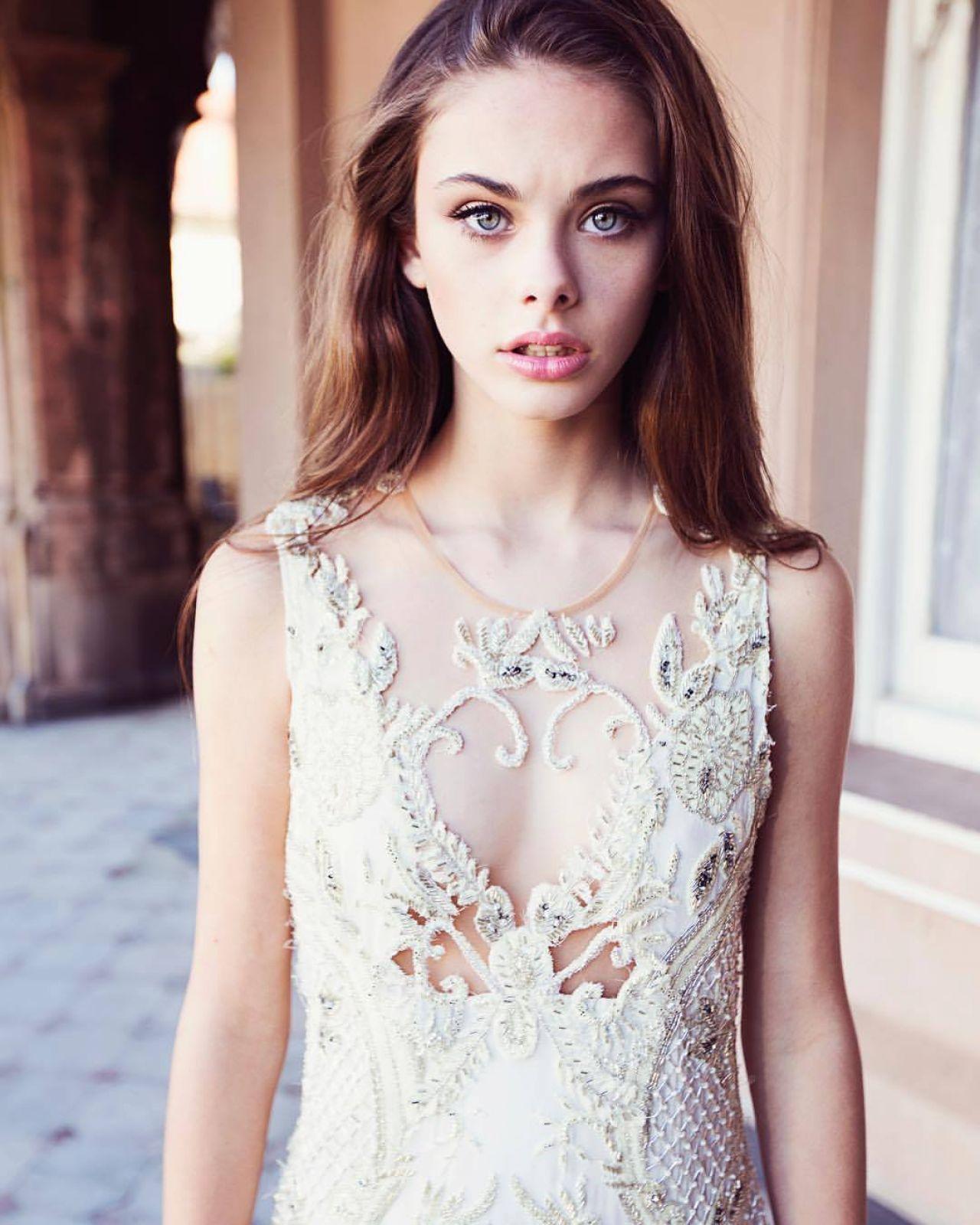 Meika Woollard Photoshoot For Couturing Com August 2017