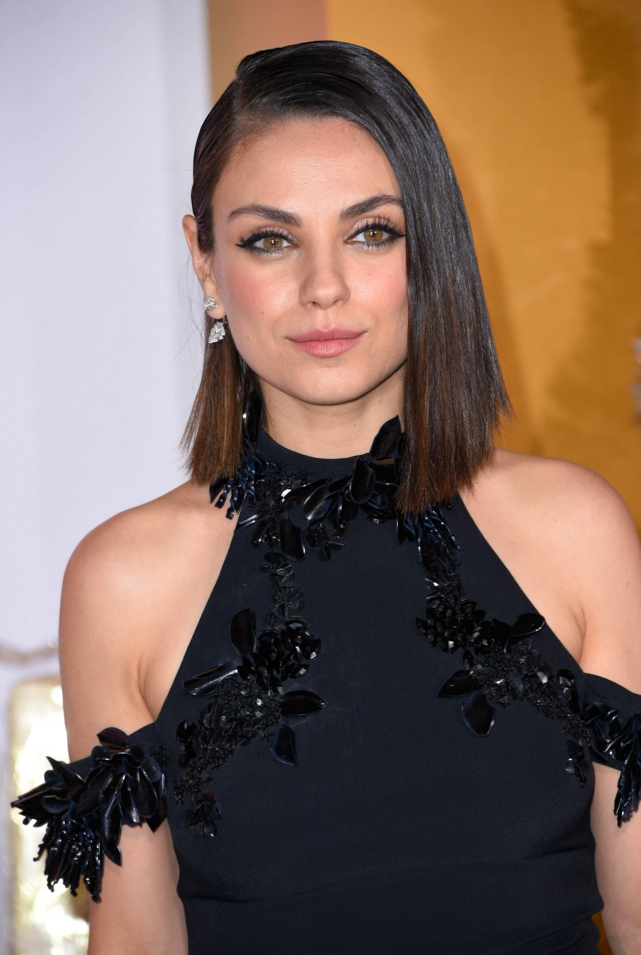 Mila Kunis Quot A Bad Moms Christmas Quot Premiere In Westwood