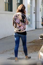 Mila Kunis at the Hair Salon in West Hollywood 10/13/2017