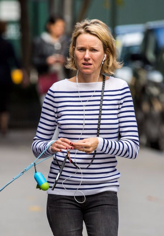 Naomi Watts Makeup Free - Walking Her Dog in NYC 10/15/2017