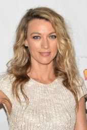 """Natalie Zea – """"A Time For Heroes"""" Family Festival LA 10/29/2017"""