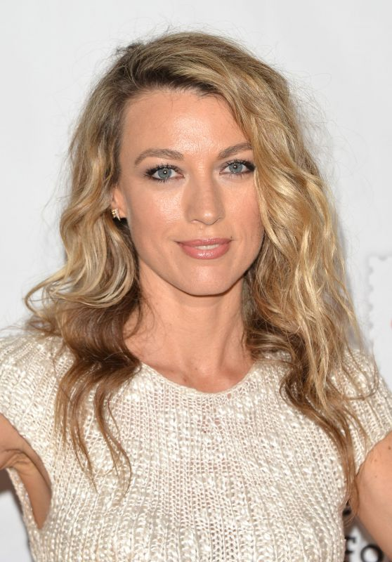 "Natalie Zea – ""A Time For Heroes"" Family Festival LA 10/29/2017"