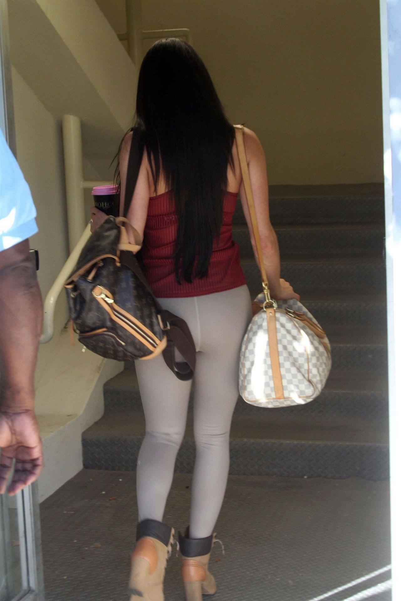 Nikki Bella In Tights Heading Into Dance Practice In Los