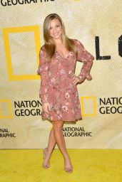 """Nikki Leigh – """"The Long Road Home"""" Premiere in LA 10/30/2017"""