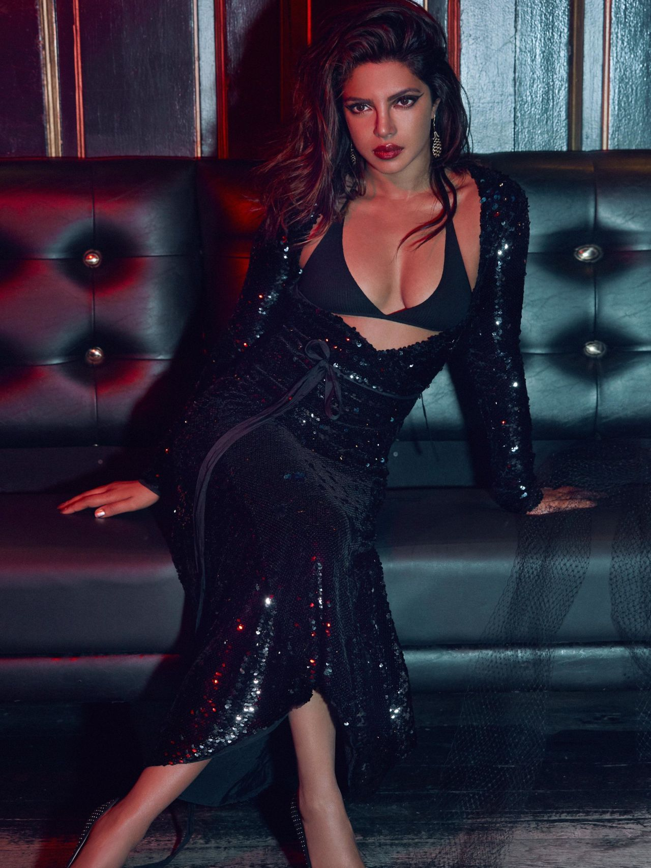 Priyanka Chopra Vogue India September 2017 Issue And Photos