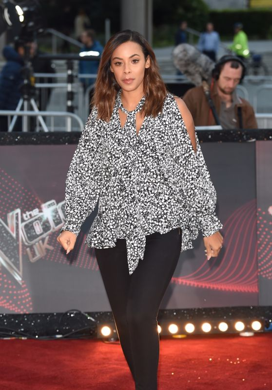 "Rochelle Humes – ""The Voice"" TV Show Photocall in Manchester 10/17/2017"