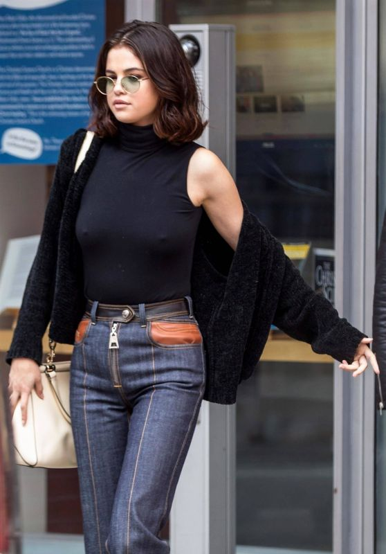 Selena Gomez  is Looking All Stylish - New York City 10/03/2017