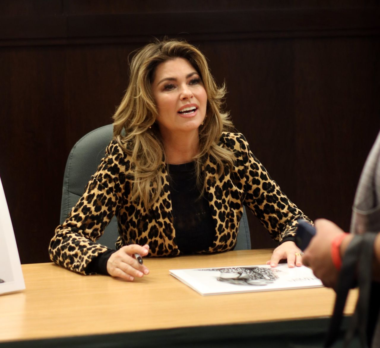 Shania Twain Album Signing For Now At Barnes Noble At The