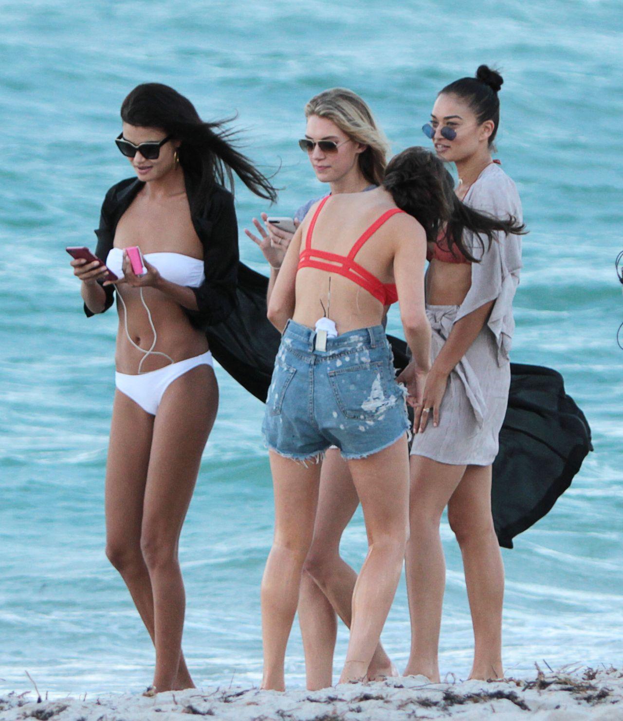 Bikini Daniela Braga nude (82 foto and video), Pussy, Bikini, Selfie, cameltoe 2019