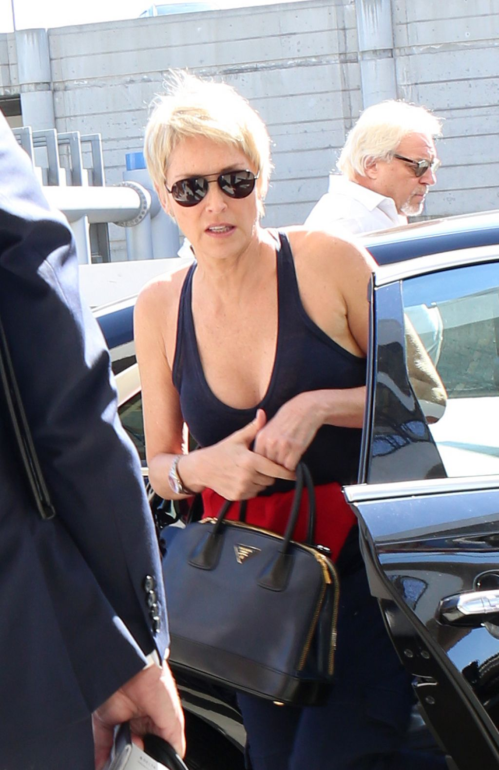 Sharon Stone At The Lax Airport In Los Angeles 10 24 2017