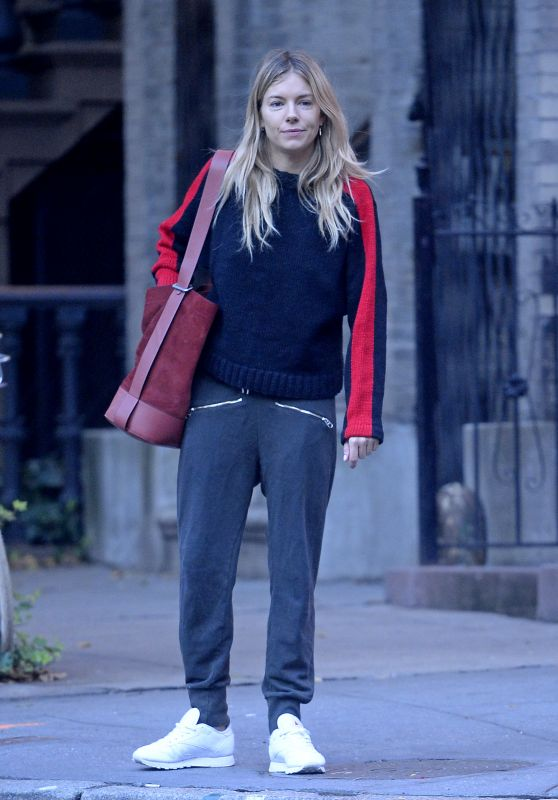 Sienna Miller Street Style - Out and About in NY 10/18/2017