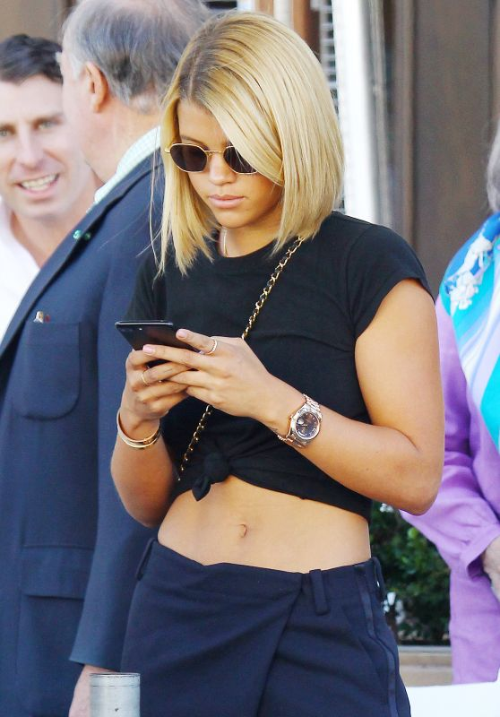 Sofia Richie Casual Style - Wolfgang