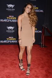 """Sommer Ray – """"Thor: Ragnarok"""" Premiere in Los Angeles 10/10/2017"""