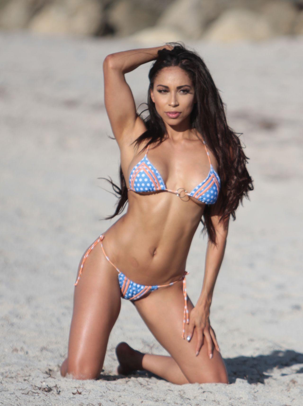 Sophia Leger Valere Nude Photos 54