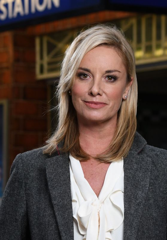 Tamzin Outhwaite - EastEnders Promos 2017