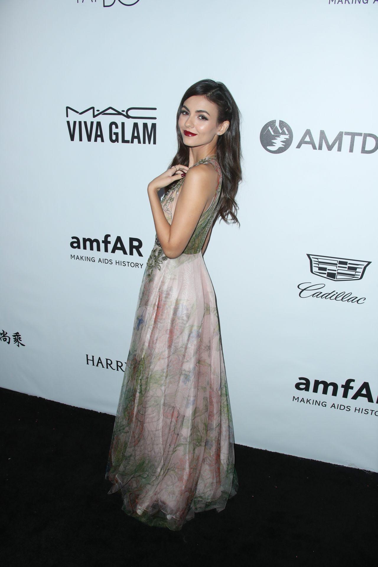 Victoria Justice – amfAR Gala 2017 in Los Angeles