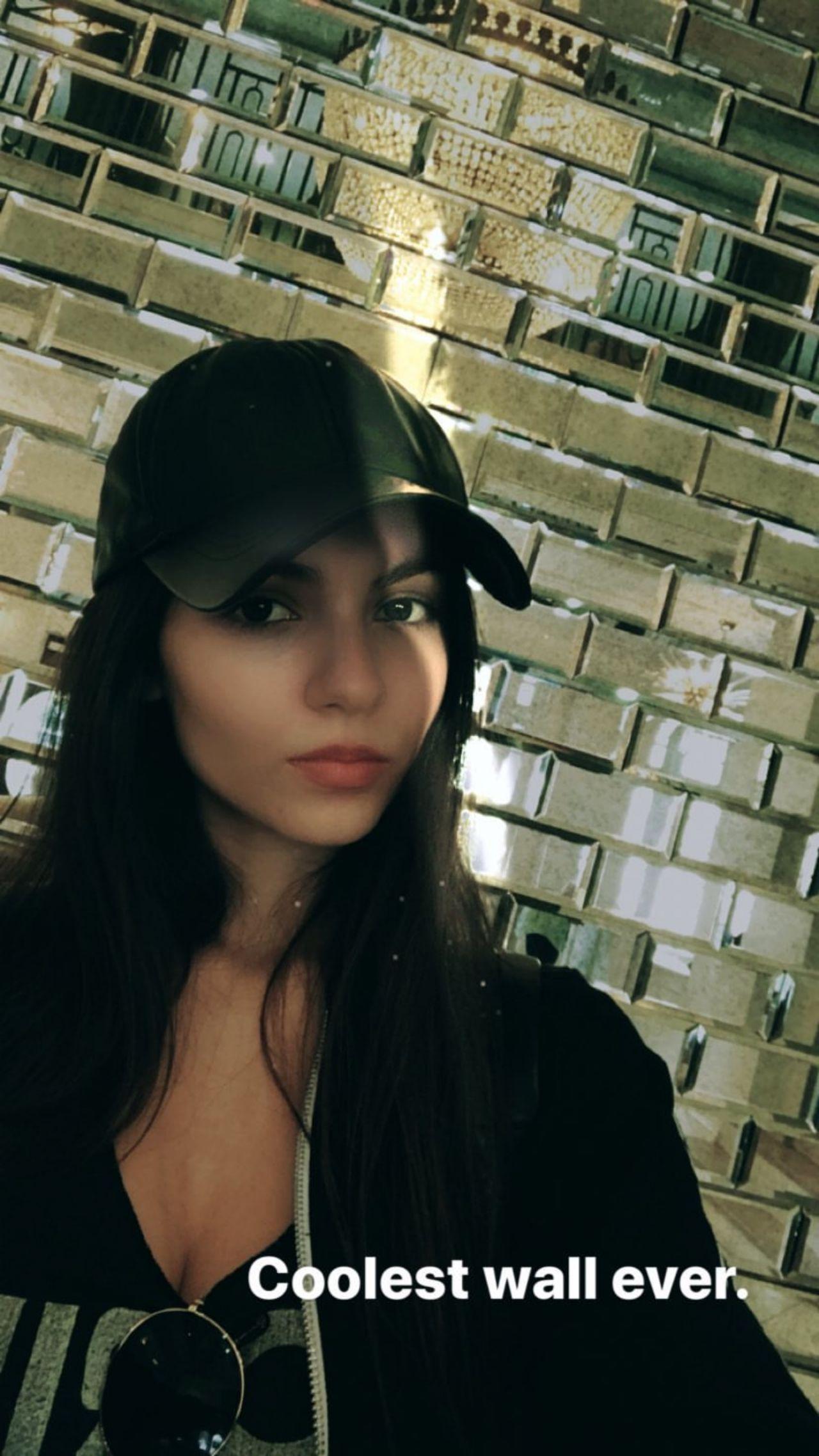 Victoria Justice - Social Media 10/29/2017