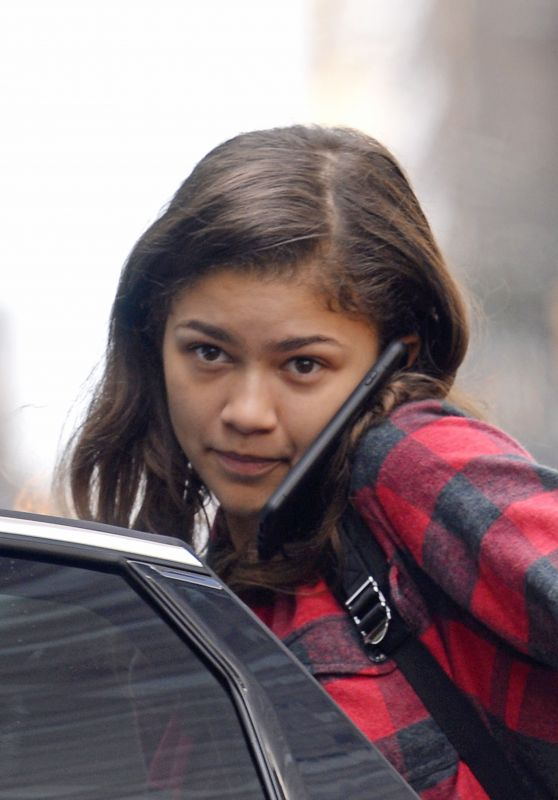 Zendaya Coleman Without Make-Up - Outside Her Hotel in New York 10/07/2017