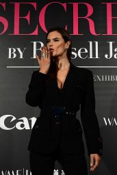 "Alessandra Ambrosio – Mercedes-Benz ""Backstage Secrets"" in Shanghai 11/18/2017"