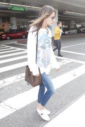 Alessandra Ambrosio Street Style - LAX Airport 11/08/2017