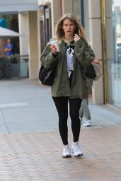 Alice Eve - Leaves a Salon in Beverly Hills 11/20/2017