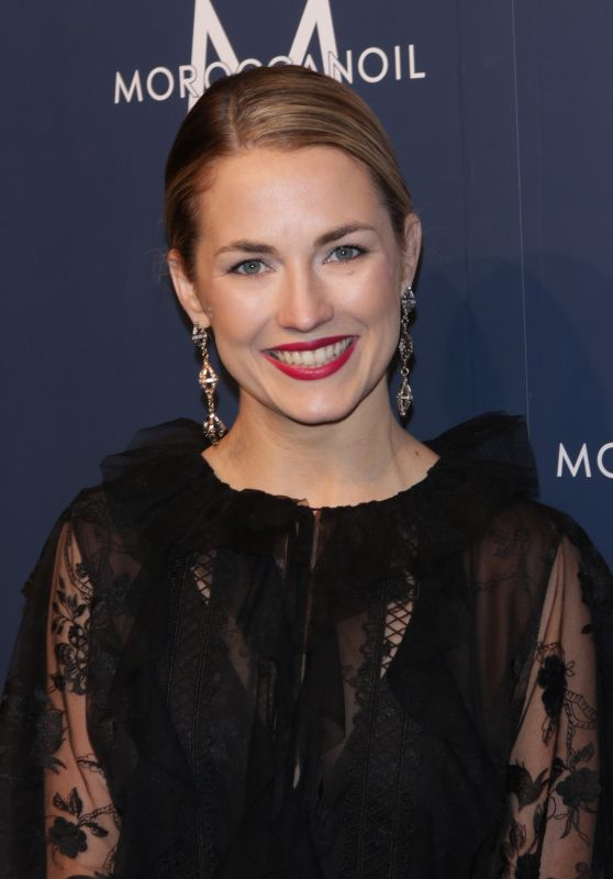 """Amanda Hearst - """"To the Rescue!"""" Gala in New York 11/10/2017"""