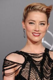 """Amber Heard – """"Justice League"""" Red Carpet in Los Angeles"""