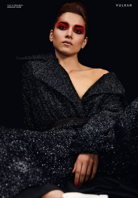 Amber Rose Revah - Vulkan Magazine November 2017 Issue
