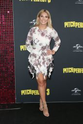 """Amy Maree Combe – """"Pitch Perfect 3"""" Premiere in Sydney"""