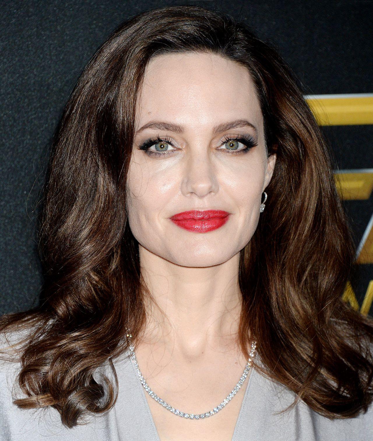 Angelina Jolie – Hollywood Film Awards 2017 in Los Angeles Angelina Jolie