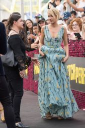 """Anna Camp – """"Pitch Perfect 3"""" Premiere in Sydney"""
