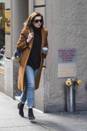 Anne Hathaway Autumn Style - New York City 11/21/2017