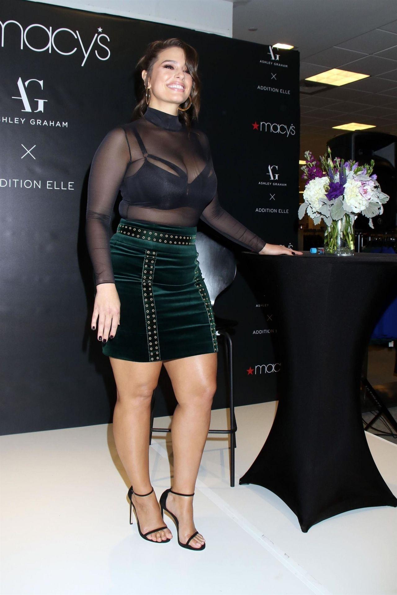 Ashley Graham Macy S Lingerie Collection Launch In Las Vegas